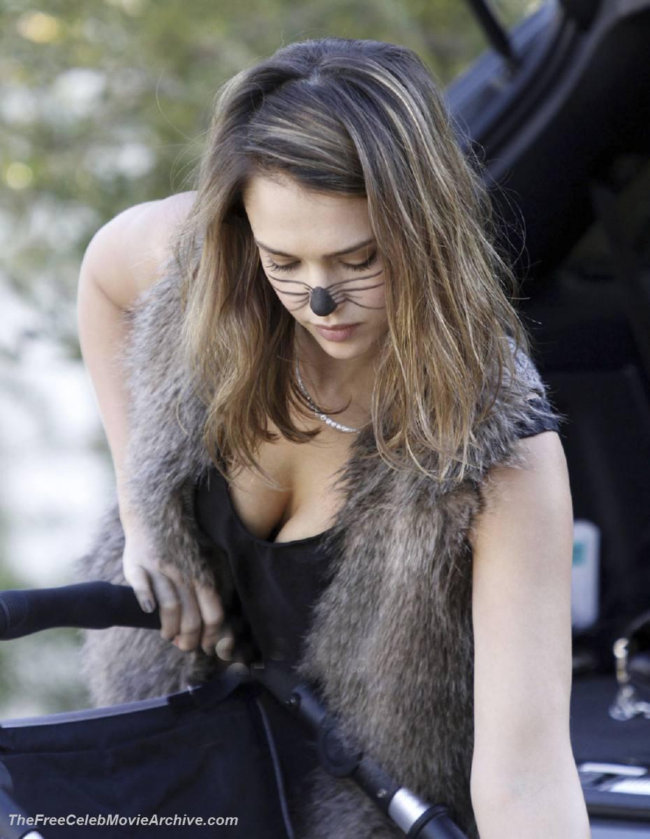 Jessica Alba nude: www.ultra-celebs.com/celebarchive/jessica-alba...
