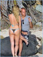Nicollette sheridan naked pics