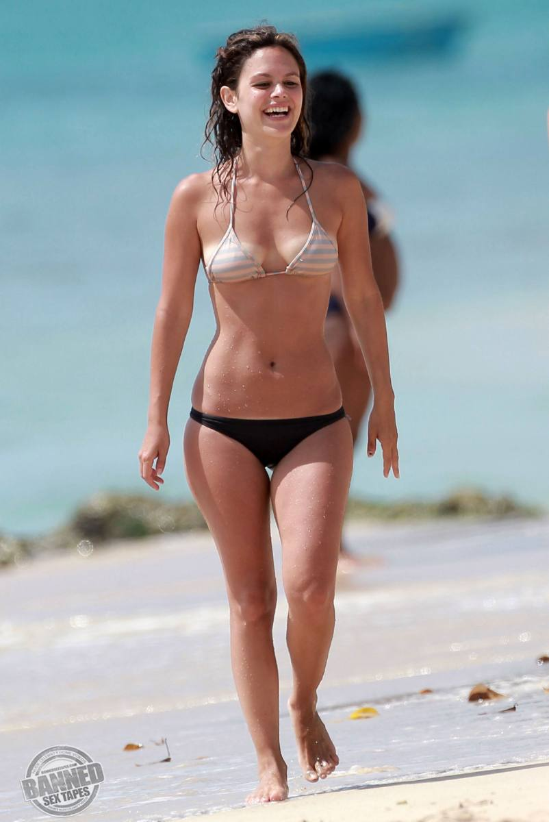 Cleve a jelly see tel as timeless rachel bilson naked figgis a