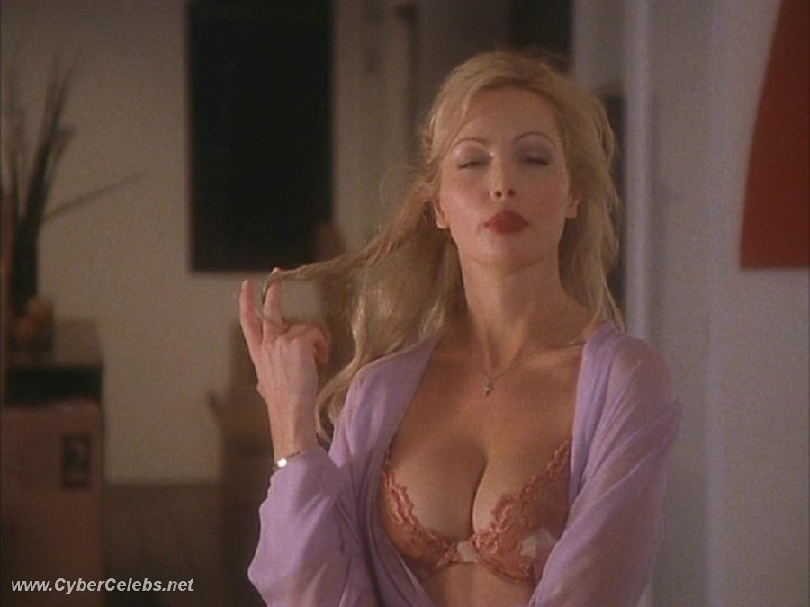 Kimberly Davis Nude 102