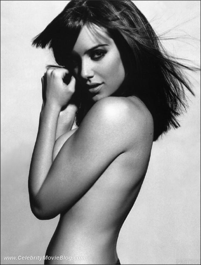 merilyn sakova boob pics