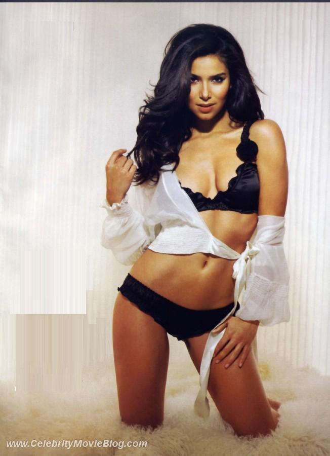 Roselyn Sanchez sex pictures @ Ultra-Celebs.com free celebrity naked ...: www.ultra-celebs.com/mrskin/roselyn-sanchez/5825D56.html