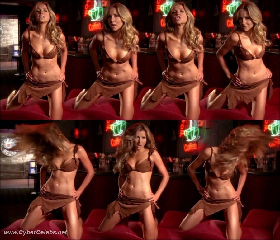 sarah chalke nude