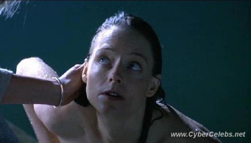 Jodie foster nude scenes