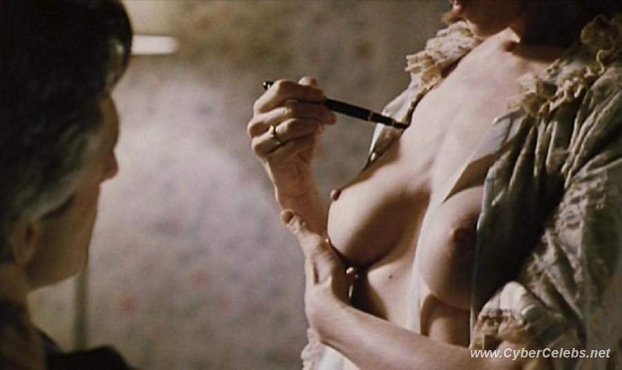 Marcia cross nude scenes