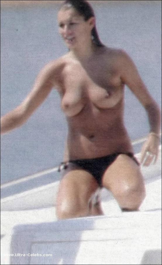 Celebrity paparazzi nude shots