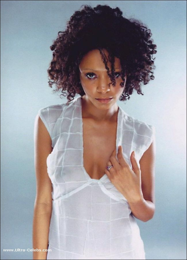 Thandie Newton Nude Vidcaps And See Thru Pics