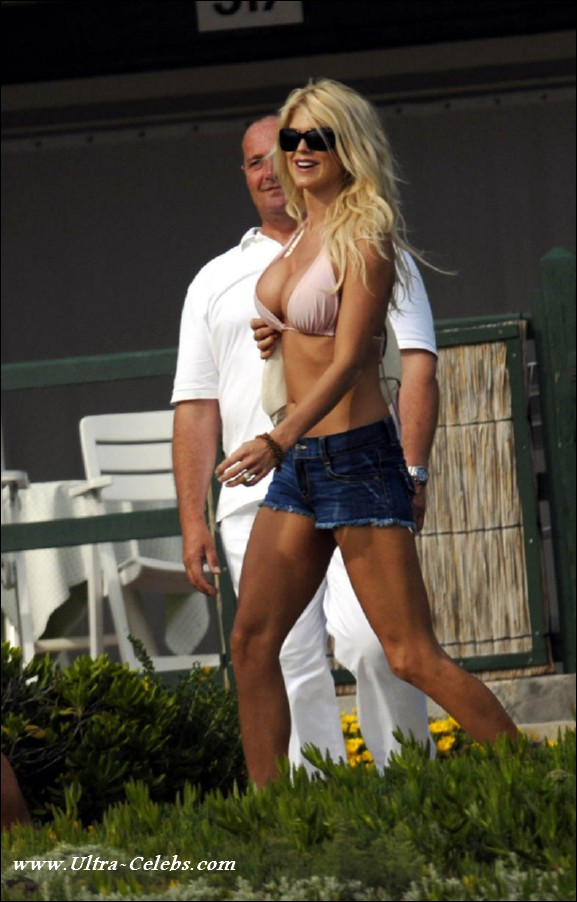 Playboy - Playmate Victoria Silvstedt - Videos Porno