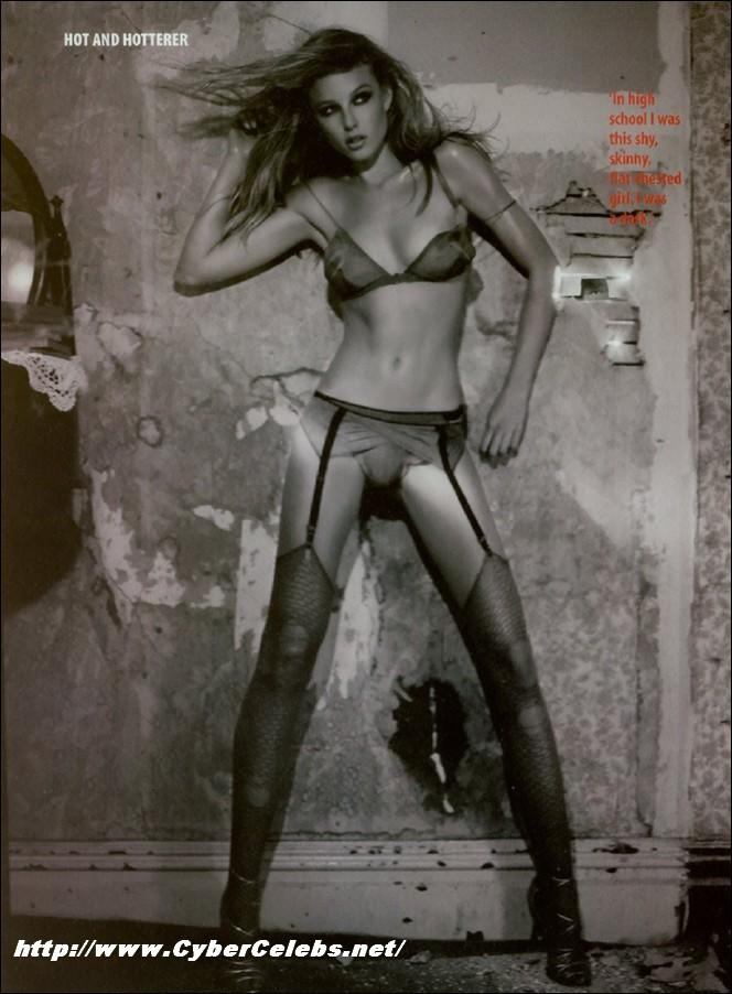 rachel nichols naked