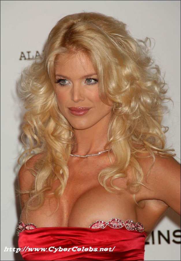Victoria Silvstedt nude pictures @ Ultra-Celebs.com sex and naked ...: www.ultra-celebs.com/pictures2/victoria-silvstedt/4336J59.html