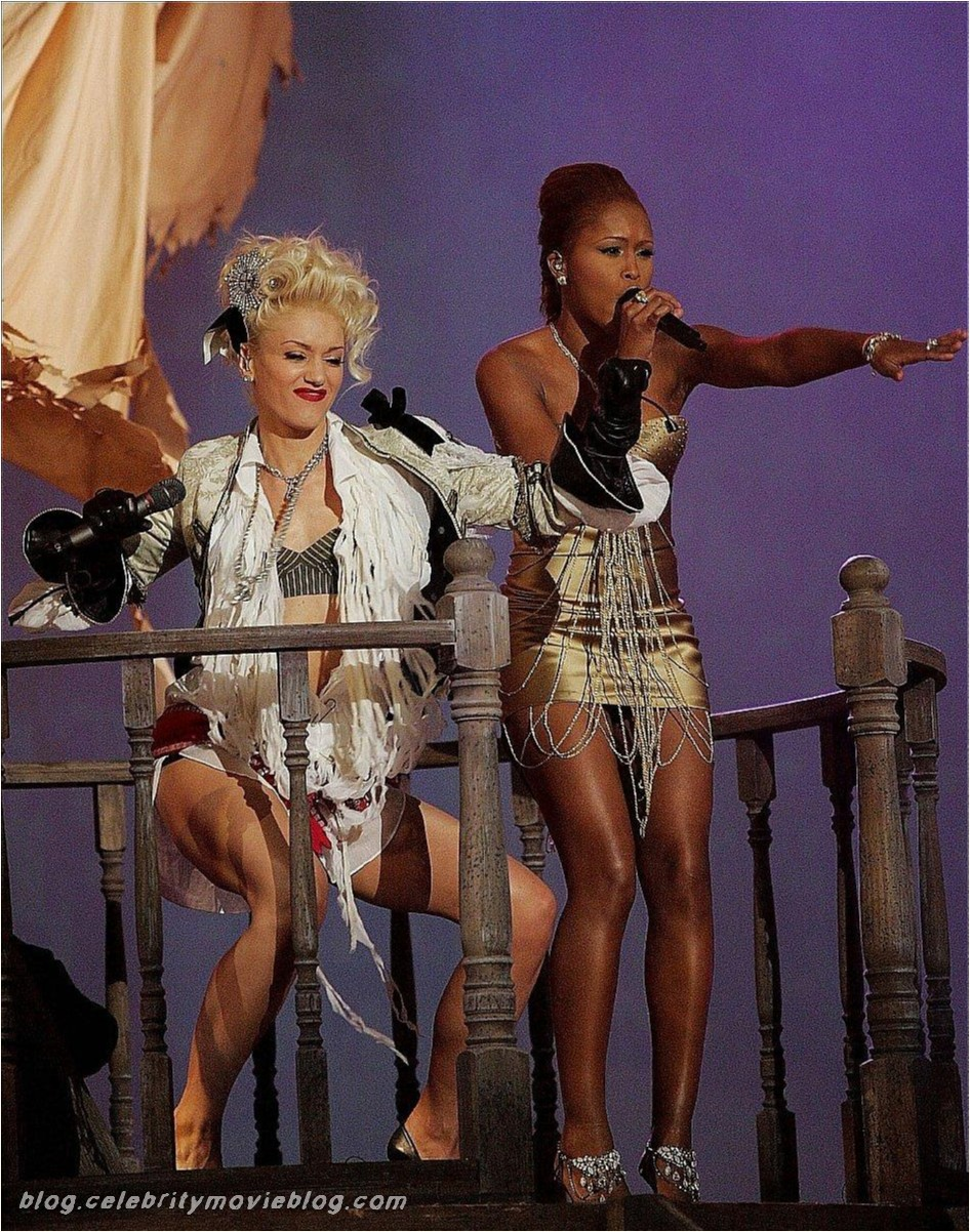 Gwen Stefani - celebrity sex toons @ Sinful Comics dot com: www.ultra-celebs.com/sinful2/gwen-stefani/5821D56.html